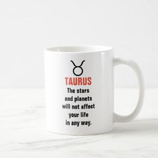 Horóscopo del tauro - las estrellas y los planetas taza de café