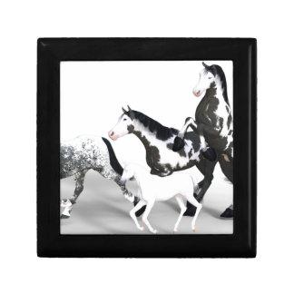 horses-1530858 caja de regalo