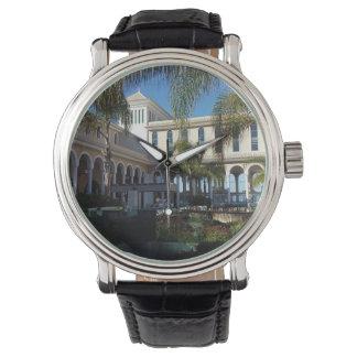 Hotel de Tenerife y reloj del cuero de las