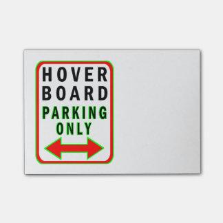 Hoverboard que parquea solamente nota post-it®