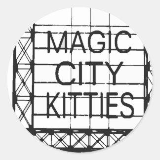 http://www.zazzle.com/magiccitykitties pegatina redonda