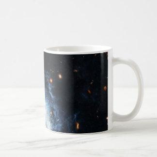 Hubble encuentra la galaxia madura que se disfraza taza