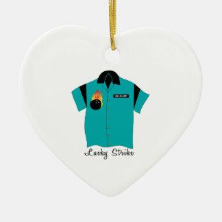 Huelga afortunada adorno navideño de cerámica en forma de corazón