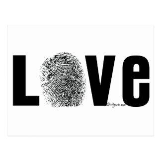 Huella dactilar del amor blanco y negro postal