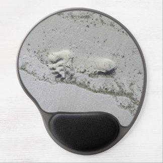 Huella en el cojín de ratón de la arena alfombrilla gel