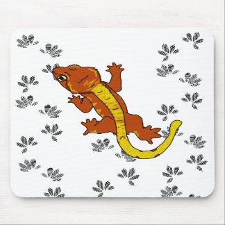 Huellas anaranjadas de Crestie (mousepad) Tapete De Raton