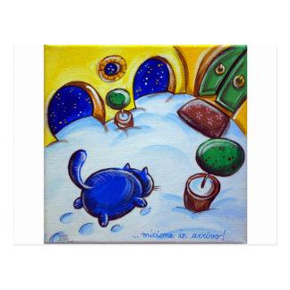 Huellas del gato en la nieve tarjetas postales