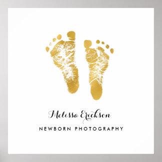Huellas elegantes del oro del fotógrafo recién póster