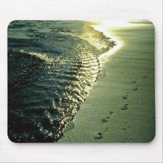 Huellas en la arena, Piha, isla del norte Alfombrilla De Ratones