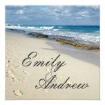 huellas en la invitación del boda de playa