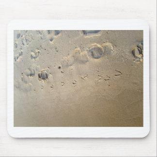 huellas en la playa tapete de raton