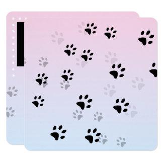 Huellas frescas rosadas del gato invitación 13,3 cm x 13,3cm
