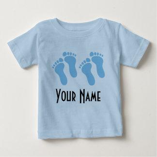 Huellas personalizadas muchacho gemelo del bebé camiseta
