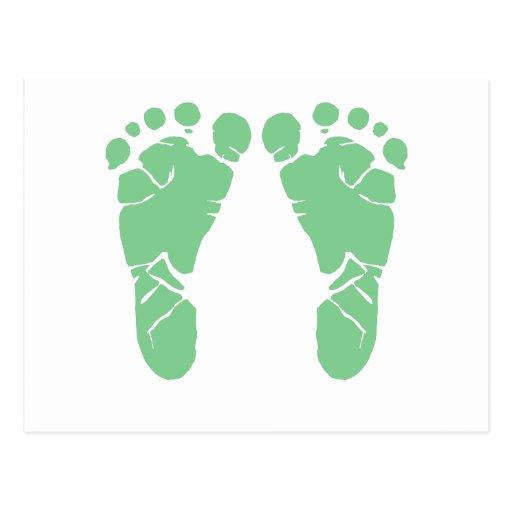 Huellas verdes del bebé postal