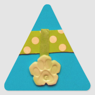 Hueso de perro manchado - g.jpg pegatina triangular