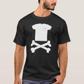 Huesos de la camiseta y de la cruz