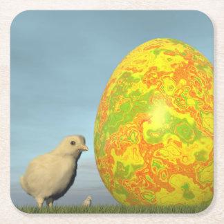 Huevo y polluelos de Pascua - 3D rinden Posavasos De Papel Cuadrado