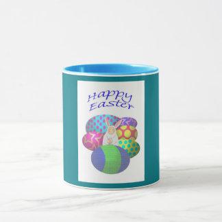 Huevos de Pascua y conejito felices, taza
