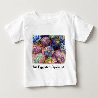 Huevos multicolores hermosos del ucraniano de la camiseta para bebé