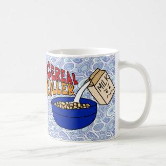 Humor de la comida de desayuno del asesino del taza