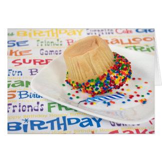 humor de la magdalena del cumpleaños tarjeta de felicitación