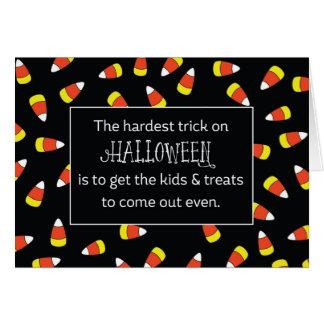 Humor de las pastillas de caramelo de Halloween Tarjeta De Felicitación