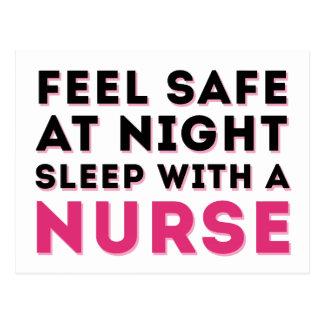 Humor descarado negro rosado de la enfermera postal