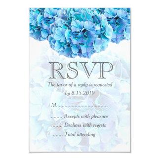 Hydrangea azul que casa la tarjeta de RSVP