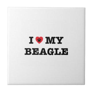 I corazón mi baldosa cerámica del beagle