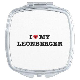 I corazón mi espejo compacto de Leonberger