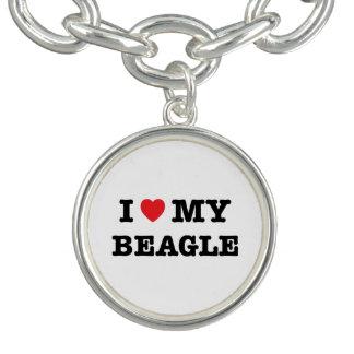 I corazón mi pulsera con dije del beagle