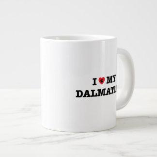 I corazón mi taza de café enorme dálmata