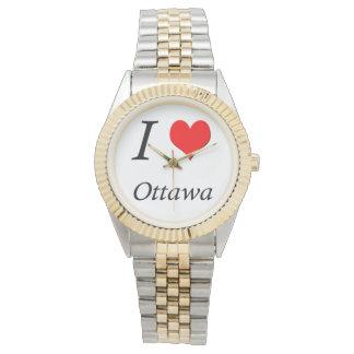 I el reloj de las mujeres de LUV Ottawa