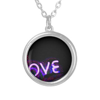 I love you neon light sign at night photograph rom collar plateado
