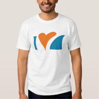 I tiburones del corazón camisetas