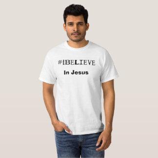 #iBelieve en blanco básico de la camiseta de Jesús