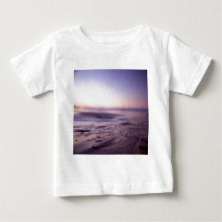 Ibiza Mediterranean chill out sunset sea water Has Camiseta