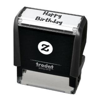 Icono del corazón del texto del feliz cumpleaños sello automático