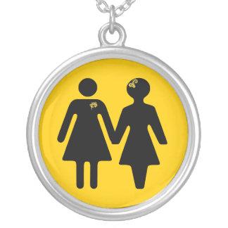 icono x-ing de la novia collar plateado