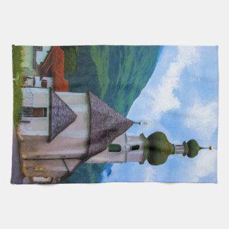 Iglesia abovedada de la cebolla - pueblo de paño de cocina