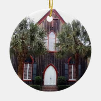 Iglesia de la cruz - Bluffton, Carolina del Sur Adorno Navideño Redondo De Cerámica