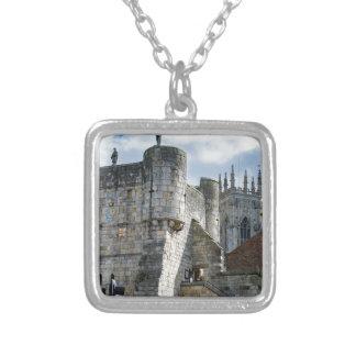 Iglesia de monasterio de York y barra de Bootham Collar Plateado