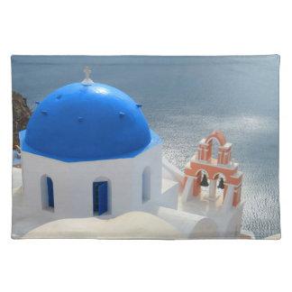 Iglesia de Santorini por la tarde Sun Salvamanteles