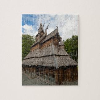 Iglesia del bastón de Fantoft en Bergen, Noruega Puzzle