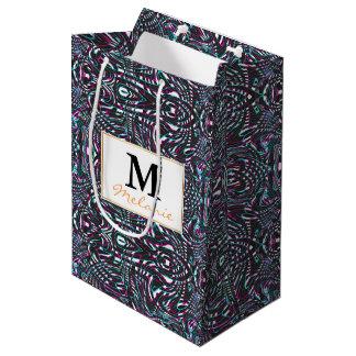 Ilusión óptica de las rayas onduladas púrpuras bolsa de regalo mediana