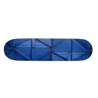 Imagen de la puerta de madera azul patineta personalizada