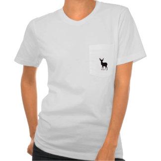 imagen de los ciervos en la camiseta de las señora