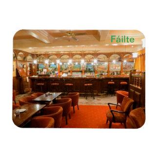 Imagen irlandesa del Pub para el imán de la foto