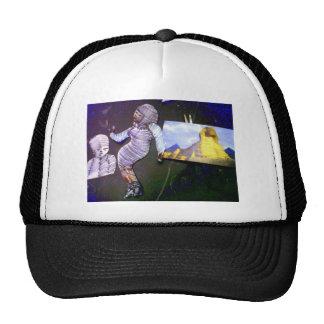 imagen olográfica proyectada de la máquina de tiem gorras