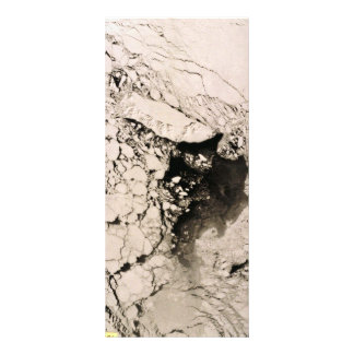 Imagen por satélite de la isla de St Matthew, mar  Lonas Publicitarias